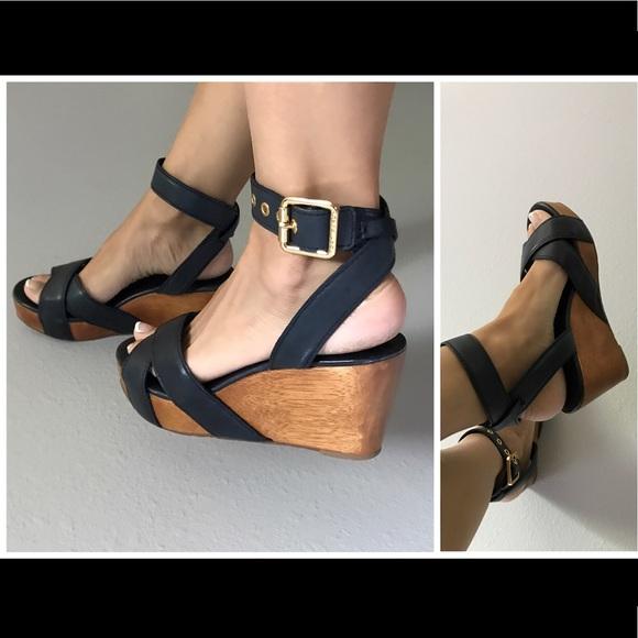 9599b5cc725 Tory Burch platform wedge sandals. M 5b7da45c8158b5f51fc91bcd